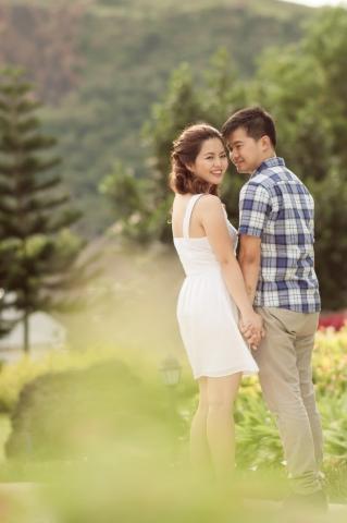 Riva Loren Uy - Engagement Photography